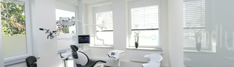 Moderne Behandlungszimmer für moderne Zahnmedizin - Zahnarztpraxis Dr. Rosenbohm, Waiblingen